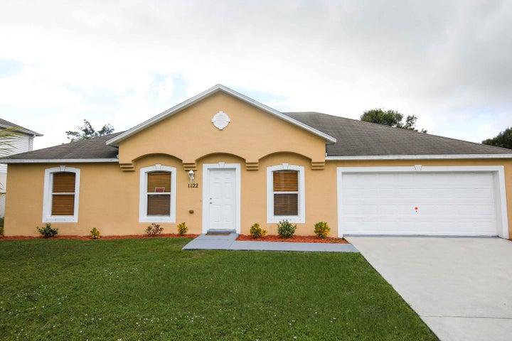1122 SE Floresta Drive, Port Saint Lucie, FL 34983