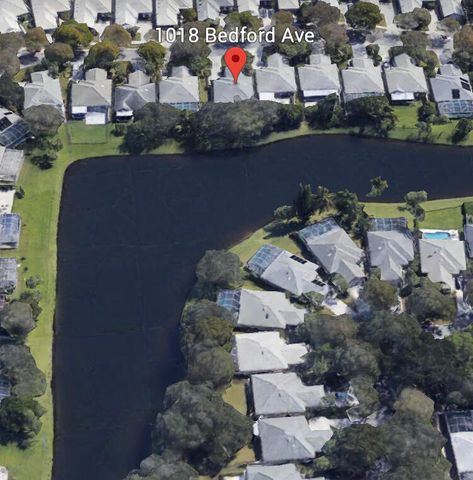 1018 Bedford Avenue, Palm Beach Gardens, FL 33403