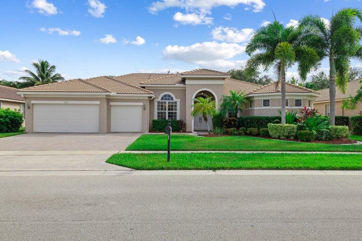 9976 Royal Cardigan Way, West Palm Beach, FL 33411