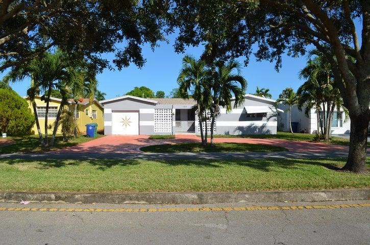 3613 Bahama Drive W, Miramar, FL 33023