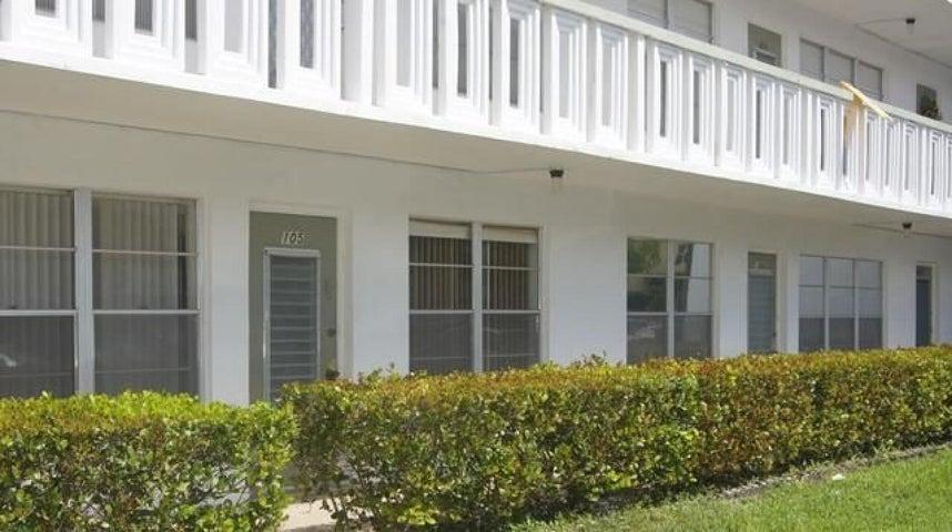 105 Wellington F Court, West Palm Beach, FL 33417