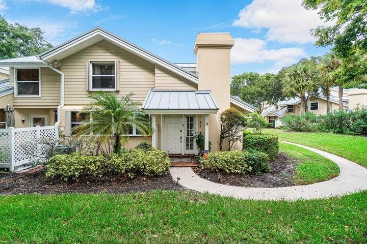 503 Andover Court, Boynton Beach, FL 33436