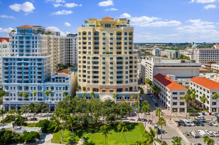 Rare opportunity to live at Esplanade Grande Downtown West Palm Beach Florida.