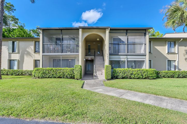 707 Sunny Pine Way, A1, Greenacres, FL 33415