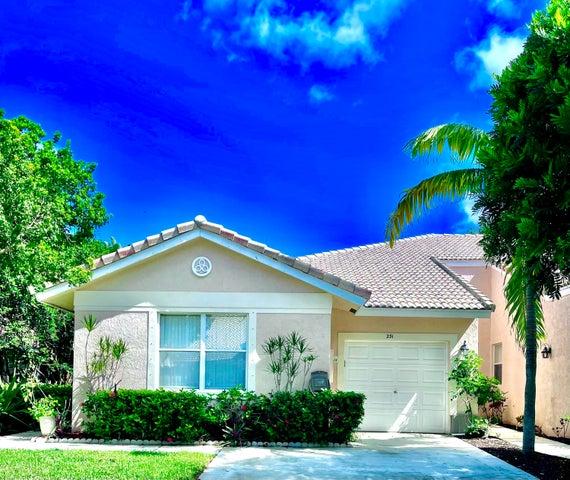 231 E Coral Trace Circle, Delray Beach, FL 33445