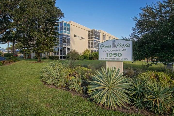 1950 NE Indian River Drive, 202, Jensen Beach, FL 34957