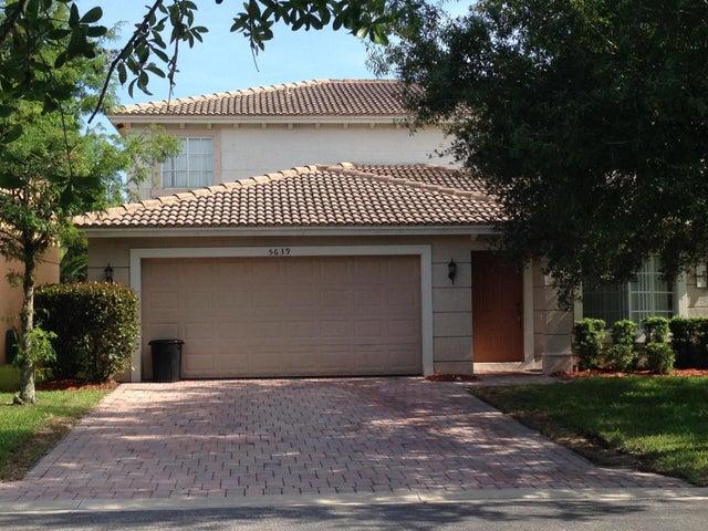 5639 SE Graham Drive, Stuart, FL 34997