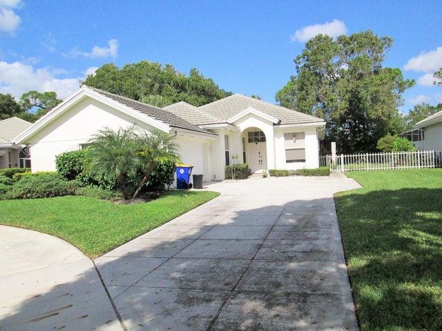 5131 SE Sweetbrier Terrace, Hobe Sound, FL 33455