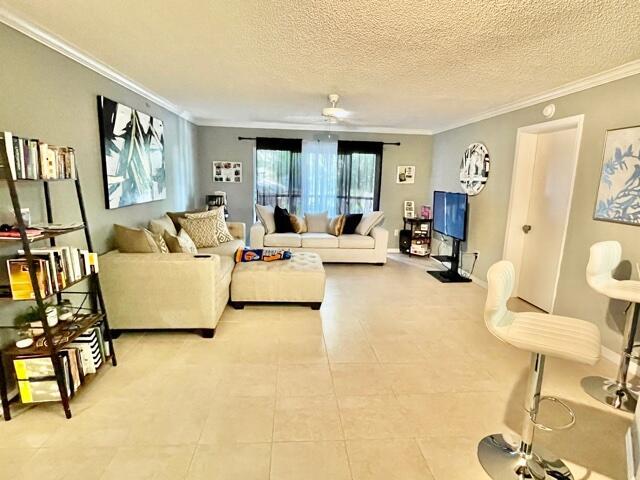 1700 Crestwood Court S, 1715, Royal Palm Beach, FL 33411