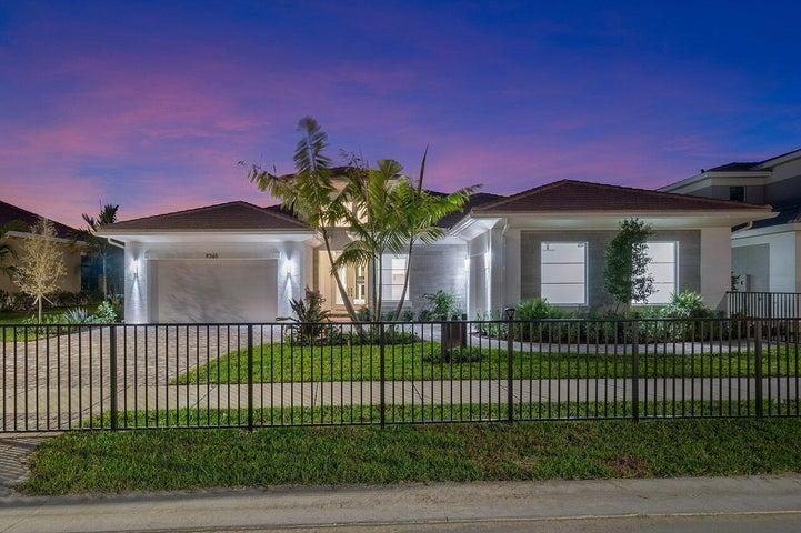 9360 Coral Isles Circle, Palm Beach Gardens, FL 33412