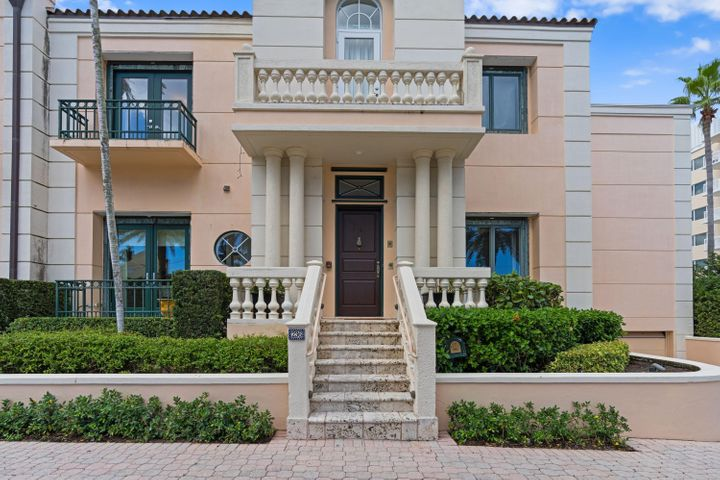 236 Bradley Place, 7, Palm Beach, FL 33480
