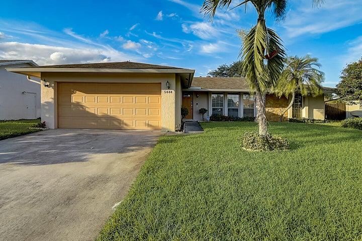 5444 Sandhurst Circle S, Lake Worth, FL 33463