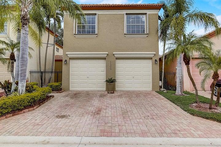 1100 Via Jardin, Riviera Beach, FL 33418