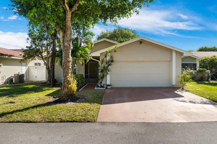 15 Grange Place, Boynton Beach, FL 33426