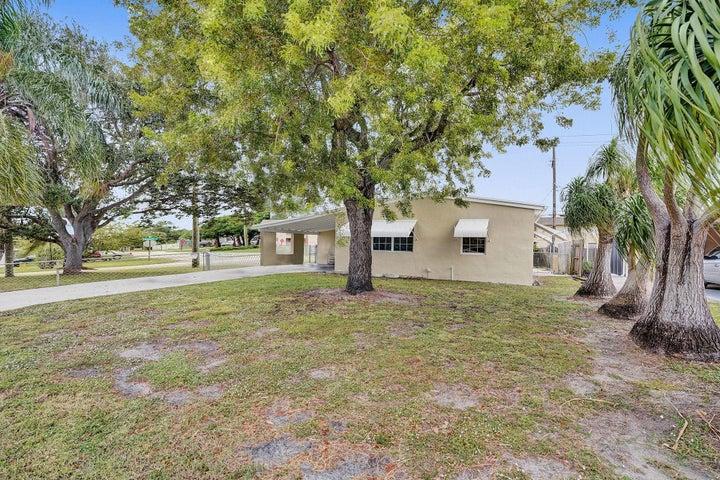 3132 French Avenue, Lake Worth, FL 33461