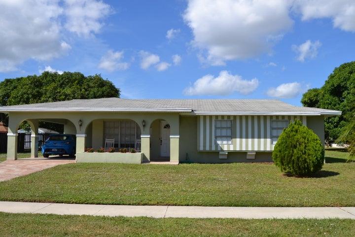 854 Sandia Avenue, Port Saint Lucie, FL 34983