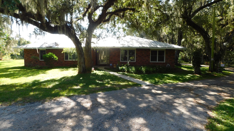 3143 Old Edwards Road, Fort Pierce, FL 34981