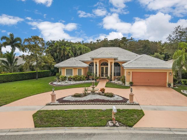 267 Cypress Trace, Royal Palm Beach, FL 33411