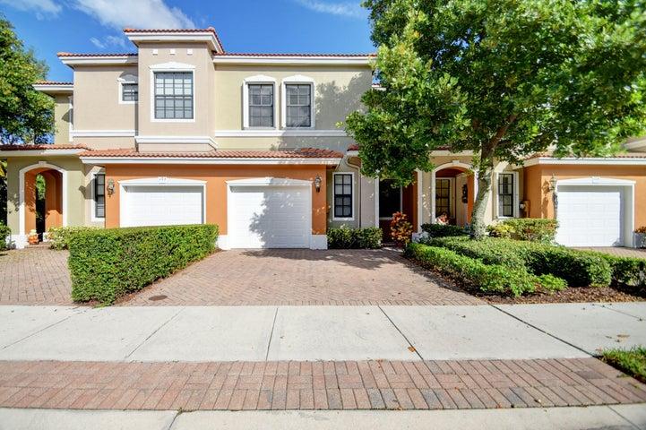 109 Delancey Avenue, Delray Beach, FL 33484