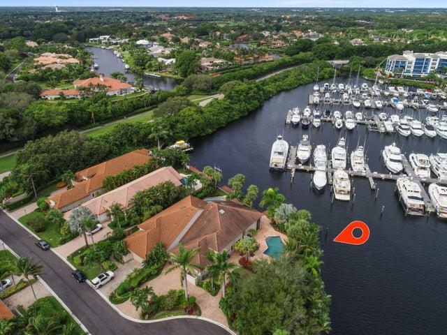 2050 La Porte Drive, Palm Beach Gardens, FL 33410