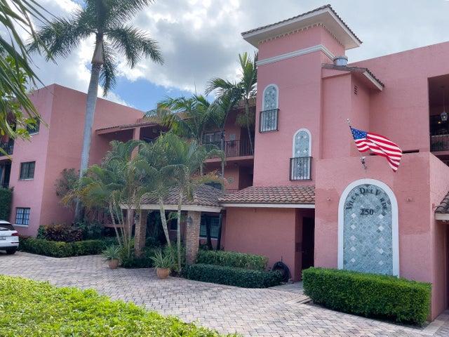 250 E Royal Palm Road, 3b, Boca Raton, FL 33432