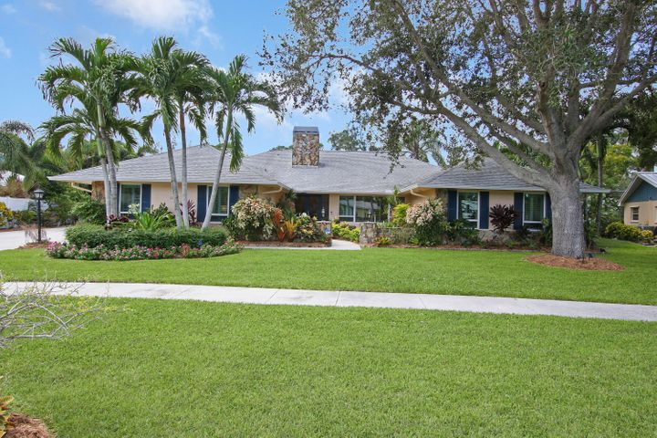 1256 Holly Cove Drive, Jupiter, FL 33458