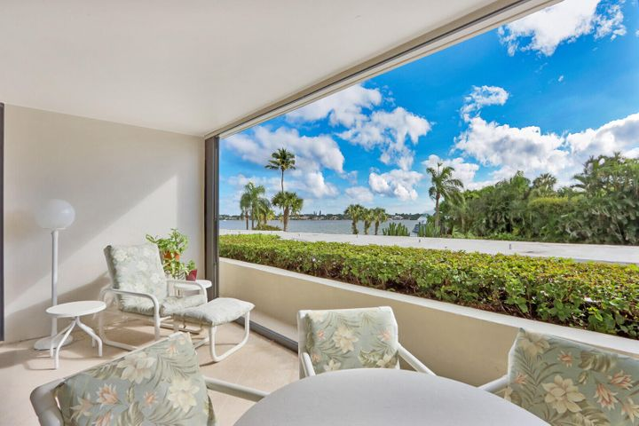 122 Lakeshore Drive, 233, North Palm Beach, FL 33408