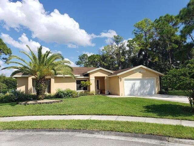 102 Churchill Way, Royal Palm Beach, FL 33411