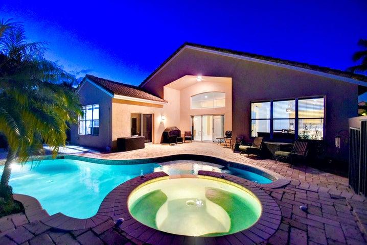 9336 Cove Point Circle, Boynton Beach, FL 33472