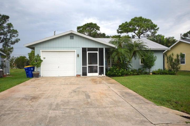 5588 SE Avalon Drive, Stuart, FL 34997