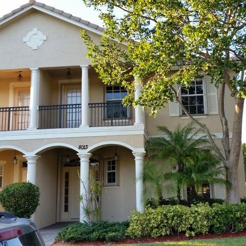 8013 Murano Circle, Palm Beach Gardens, FL 33418