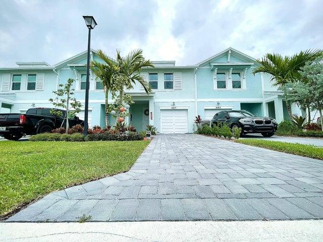 885 Seabright Avenue, West Palm Beach, FL 33413