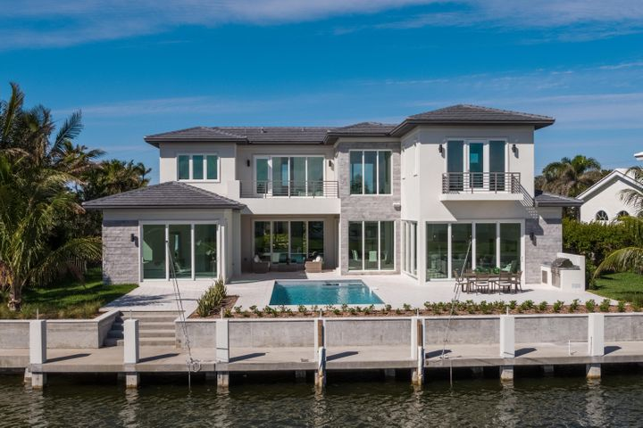 A photo of 87 Island Dr. S