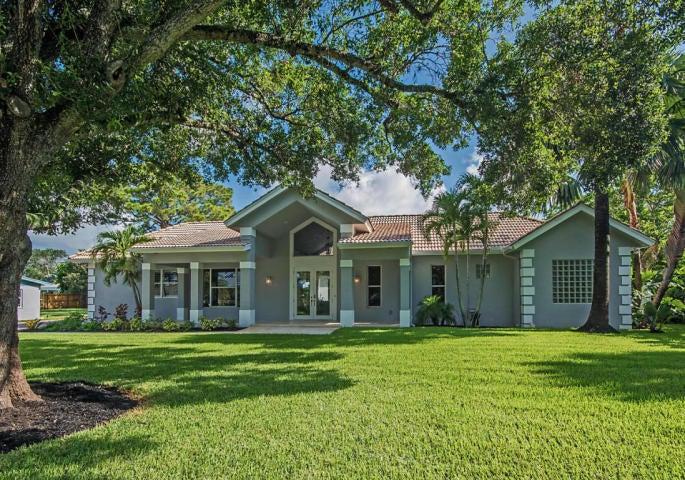 2377 Country Oaks Lane, West Palm Beach, FL 33410