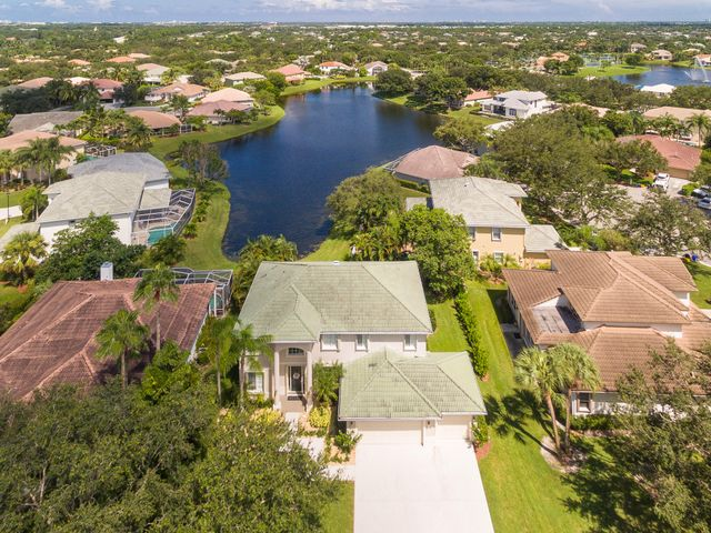 A photo of 508 Cocoplum Dr.