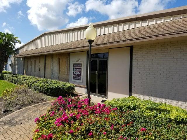 3401 Oleander Avenue, Fort Pierce, FL 34982