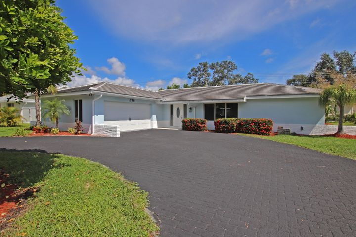 A photo of 278 Country Club Dr.