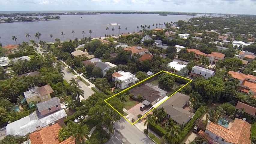 220 Sunset Road, West Palm Beach, FL 33401