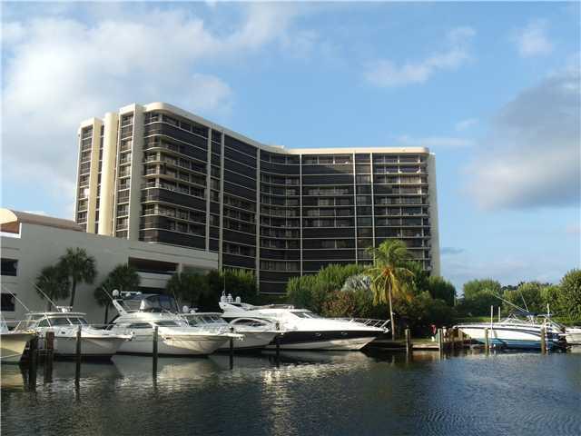 4740 S Ocean Boulevard 207, Highland Beach, FL 33487
