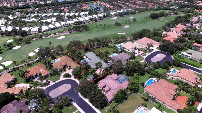 2549 Seminole Circle, West Palm Beach, FL 33409