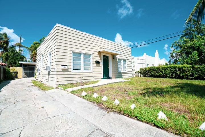 417 El Prado, West Palm Beach, FL 33405