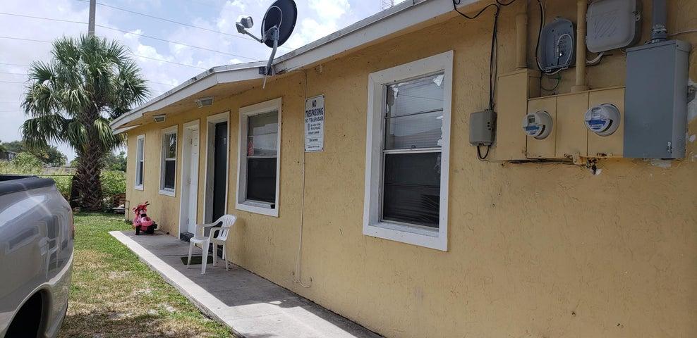 4023 Windsor Avenue A, West Palm Beach, FL 33407