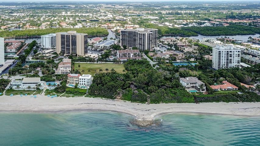 4748 S Ocean Boulevard 15-B, Highland Beach, FL 33487