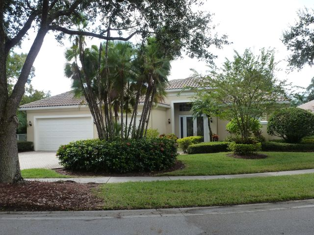 1745 Flagler Manor Circle, West Palm Beach, FL 33411