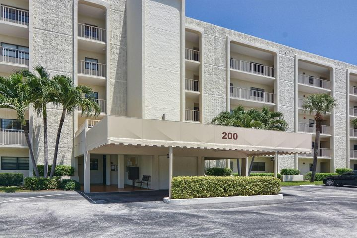 200 Intracoastal Place 504, Tequesta, FL 33469