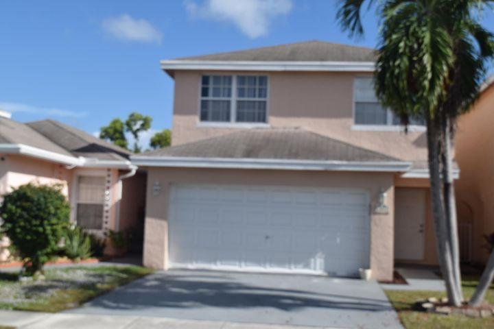 4054 Eastridge Circle, Deerfield Beach, FL 33064
