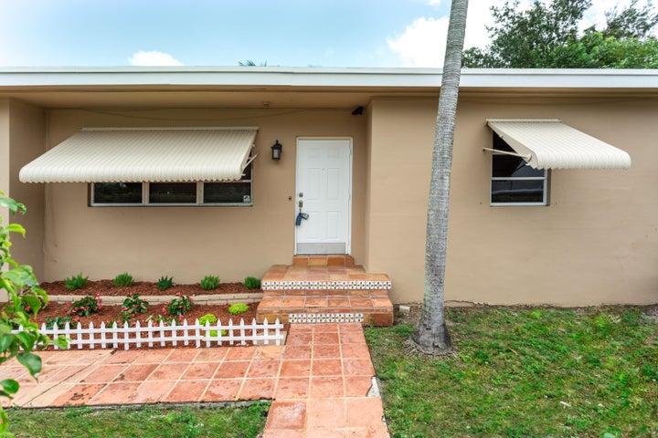 2000 Parker Avenue, West Palm Beach, FL 33401
