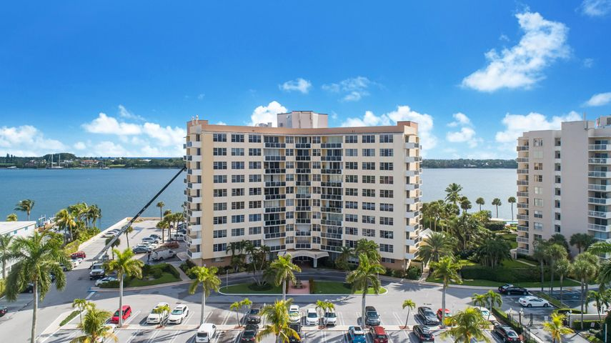 2800 N Flagler Drive 614, West Palm Beach, FL 33407