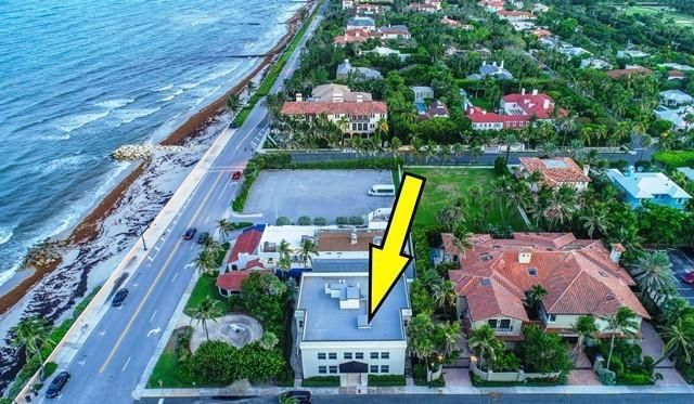 Oceanfront investment with 6 gorgeous rentals to either lease, or live.Rare opportunity for investor.  This property can be turned into condominums and sold separately, bringing the price up tremendously.