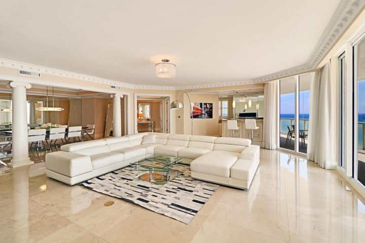 A photo of 2700 N Ocean Dr.